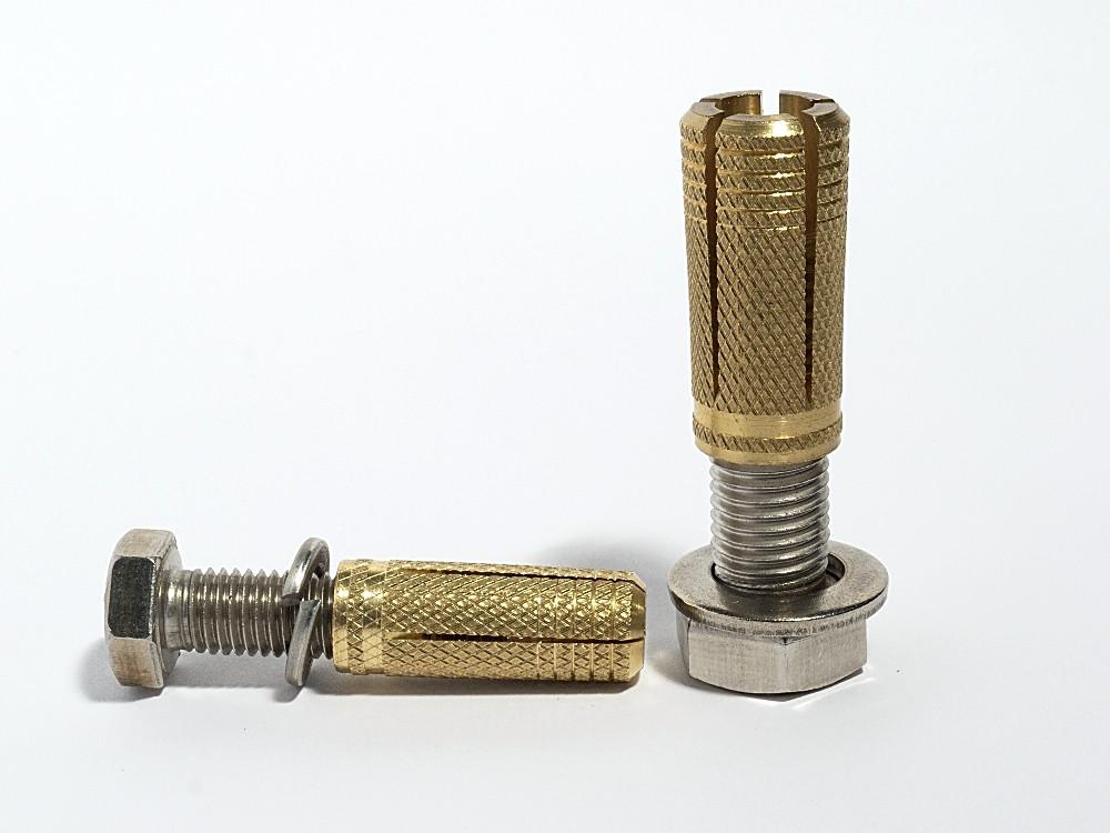 Анкер забиваемый латунный Цанга М5 (6х20мм)